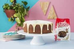 Aprenda dicas para fazer a massa, usar caldas e coberturas nos seus bolos